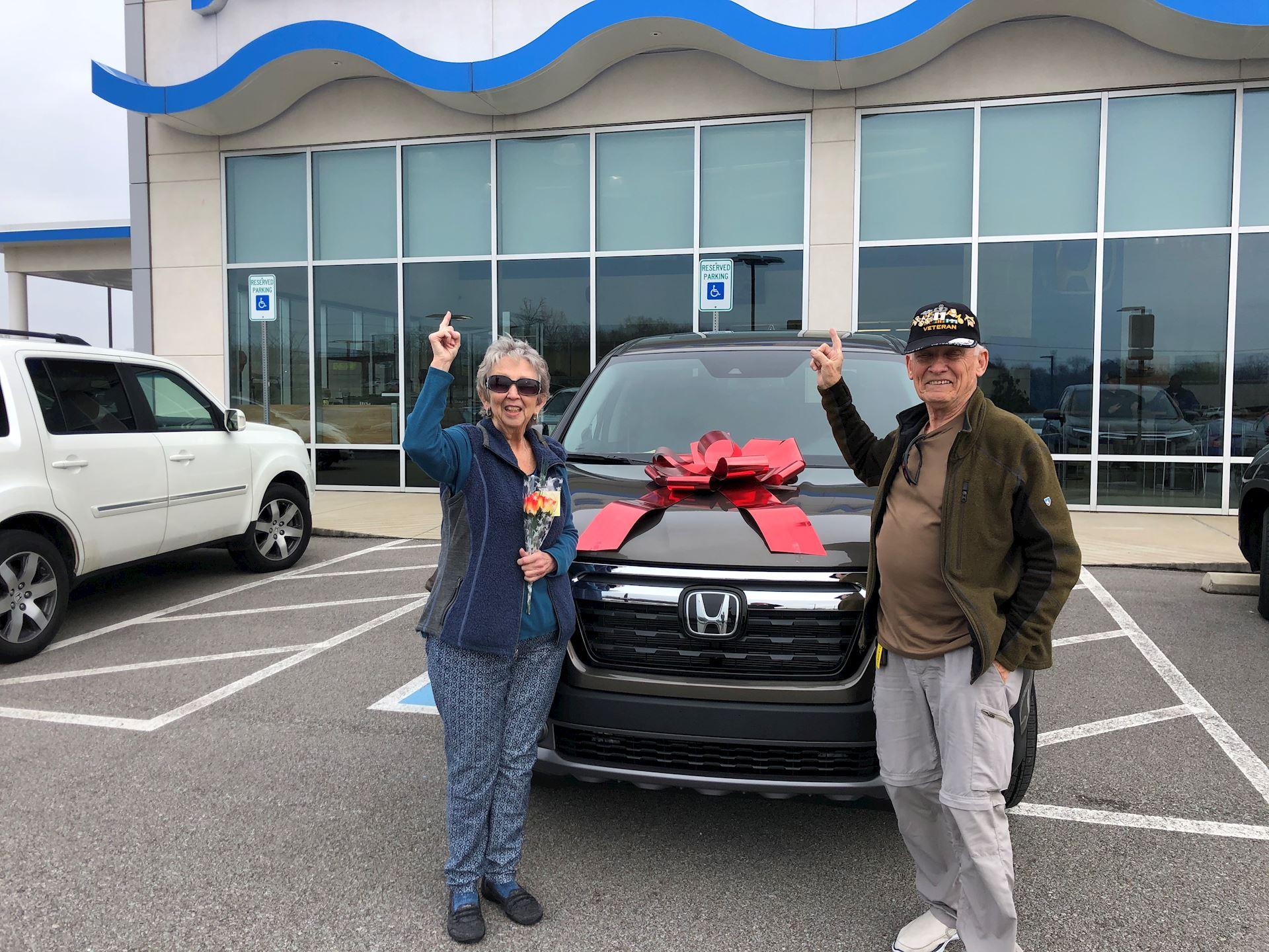 Clarksville TN Jenkins-Wynne-Ford-Honda-Lincoln Honda  Dealer Reviews   2020 Honda Ridgeline