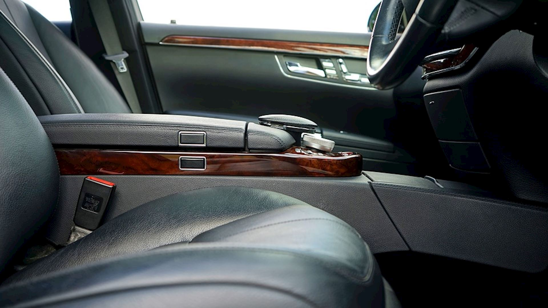 How to Keep Your Car's Leather Looking Great During the Winter