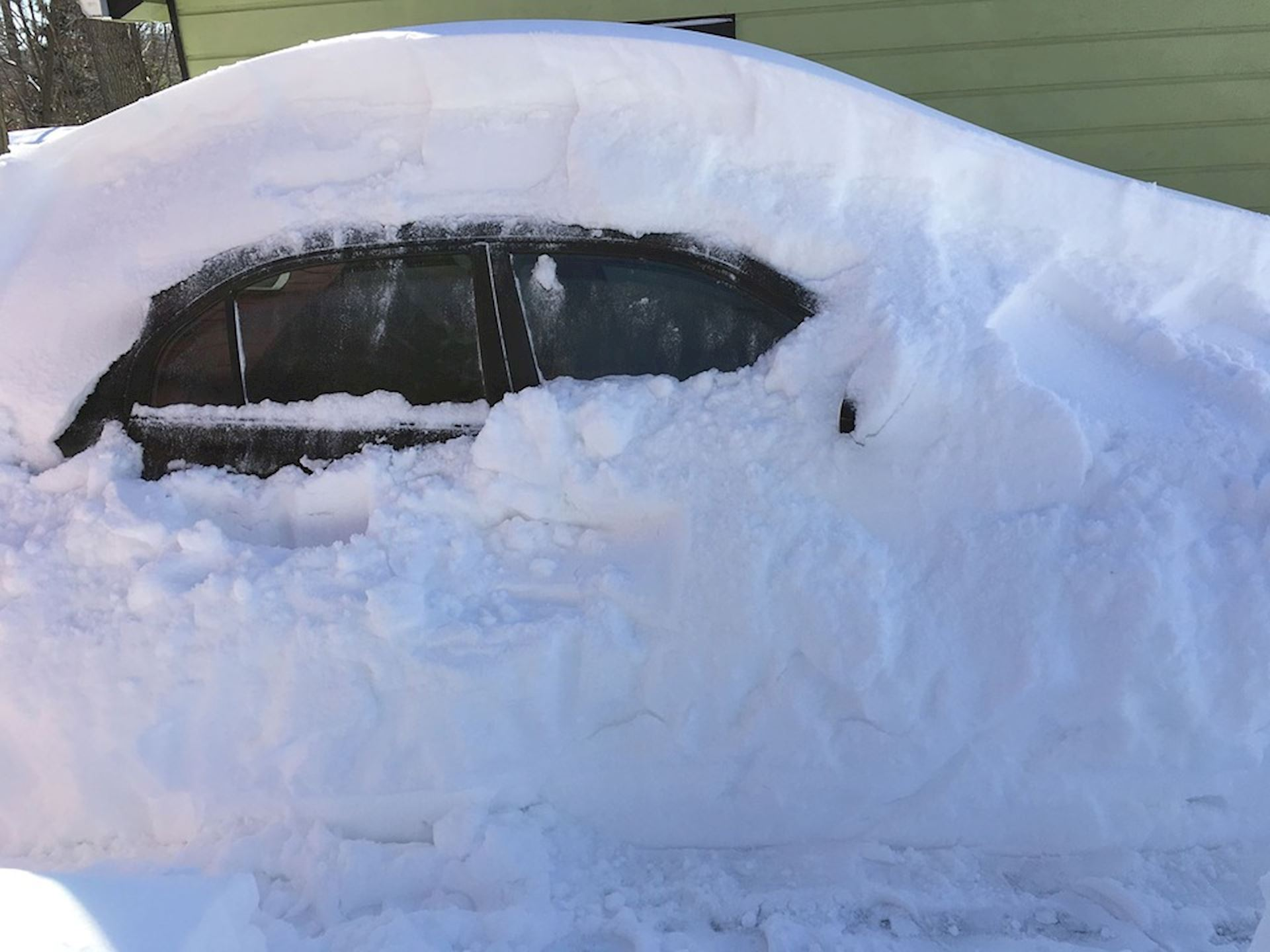 Tips for Keeping Your Car Warm This Winter