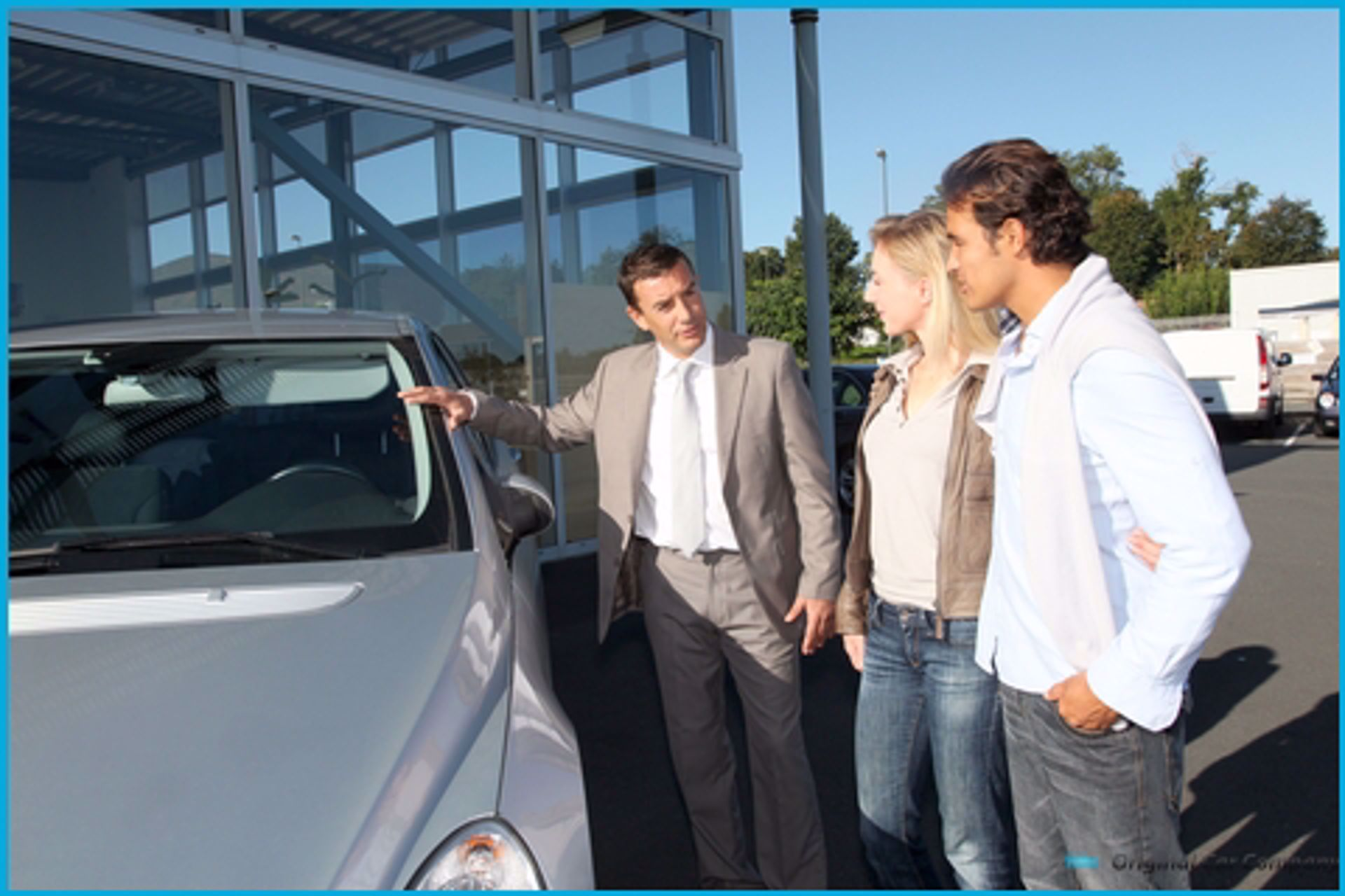 The Advantages and Disadvantages of Trading in a Used Car