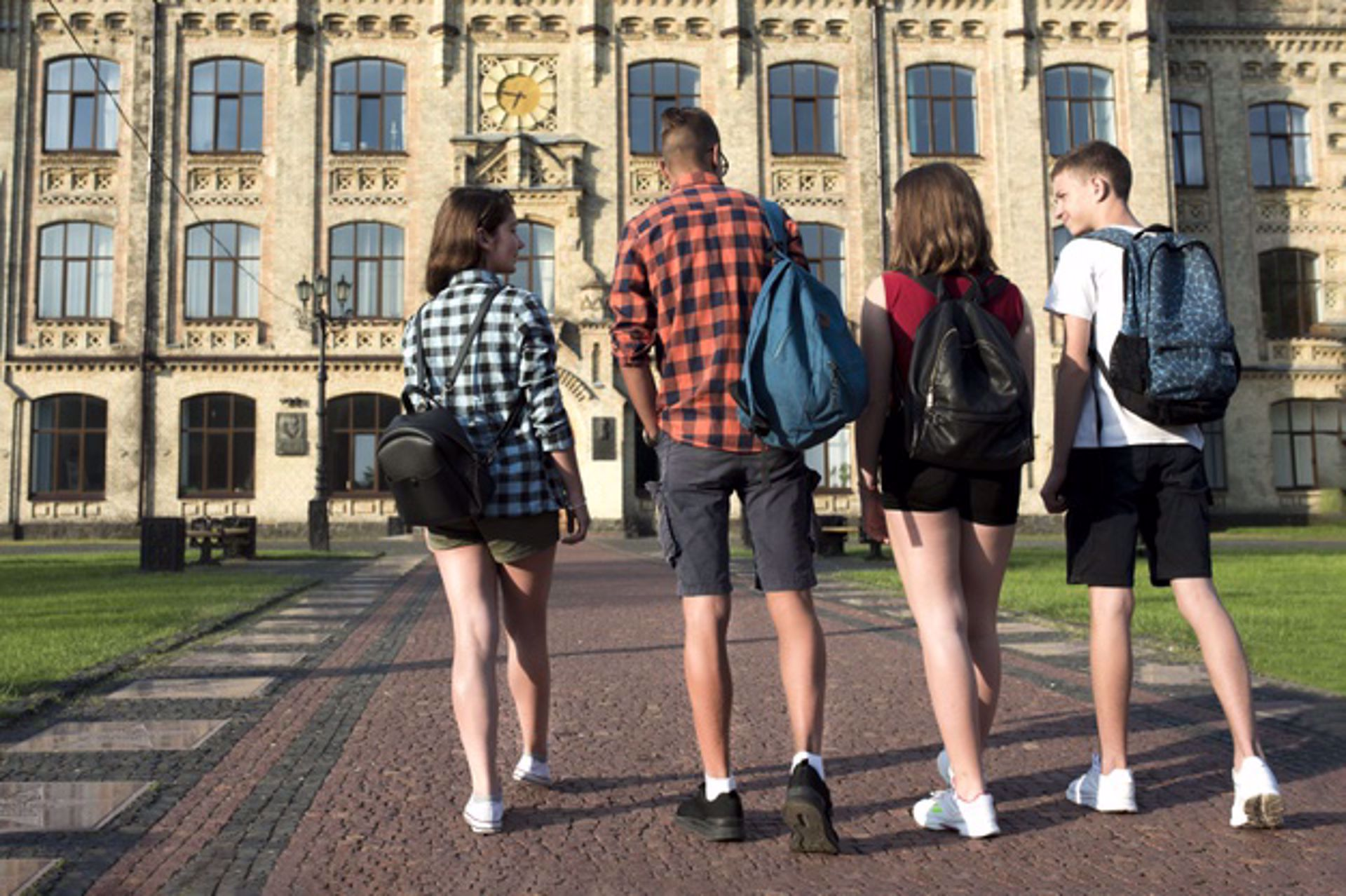 Virtual or Actual School?